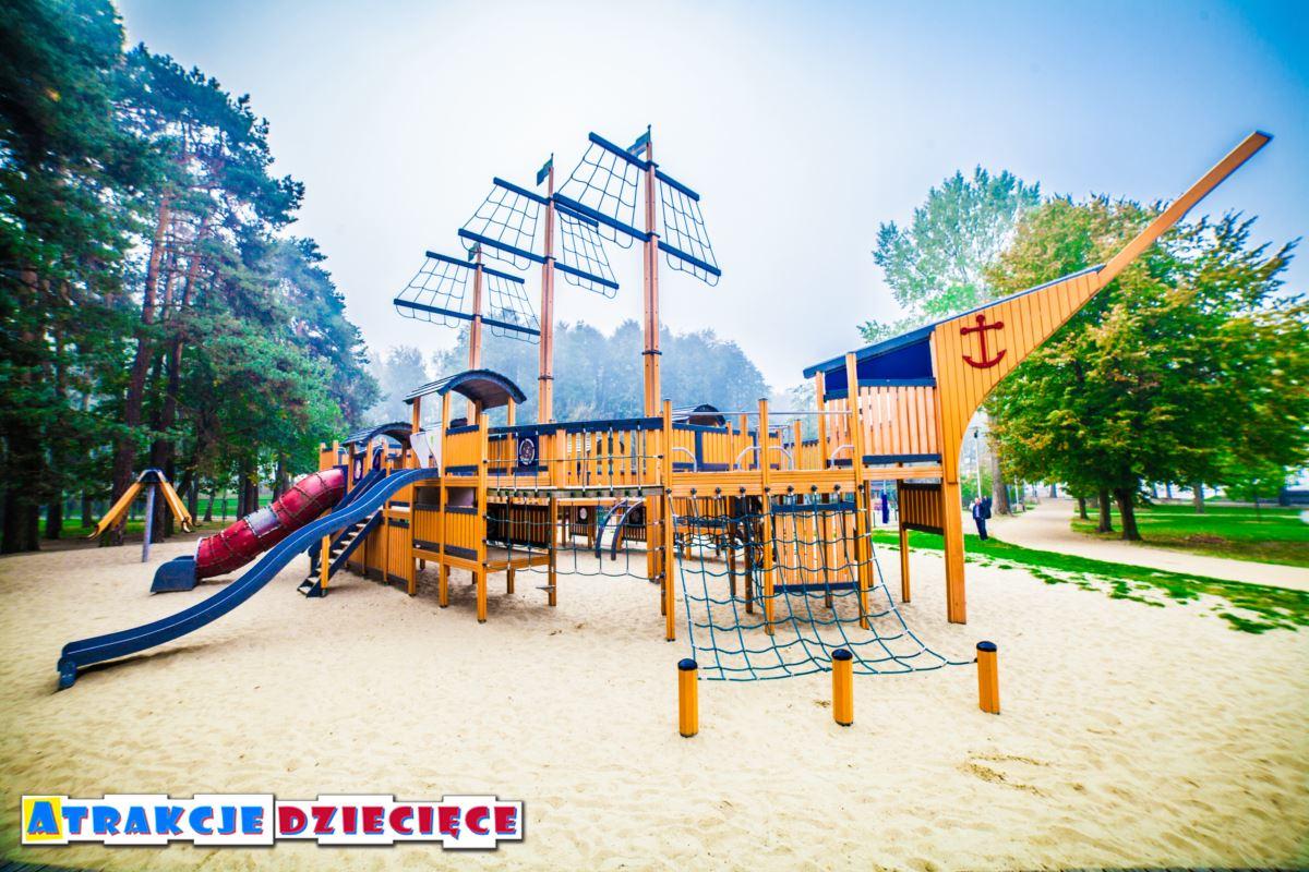 Plac zabaw w Tychach