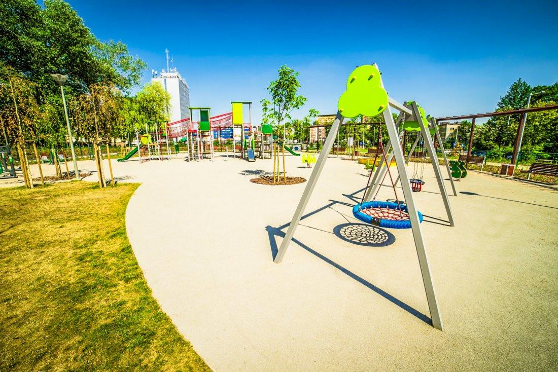plac zabaw dla dzieci w częstochowie